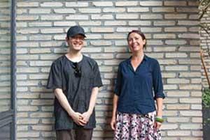 사진제공 : 월간 그래픽노블 왼)홍작가, 오)Zoe Gilbert(소설가))