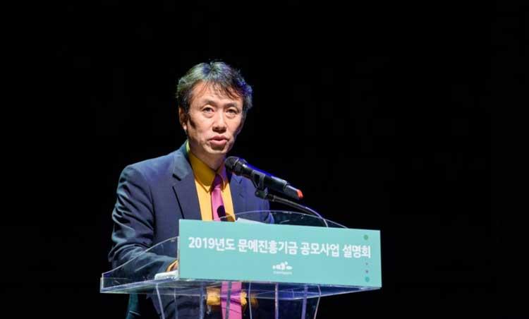시각예술부장 황진수